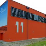 Multifunktionshalle L.-Leichhardt-Gym. Straßenperspektive